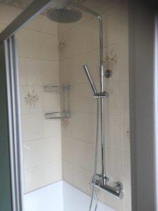 Sostituzione vecchia vasca in doccia