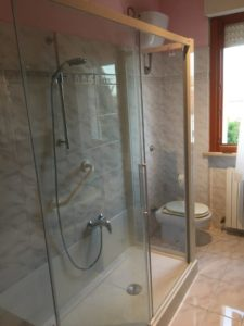 Trasformazioni vasca doccia per anziani