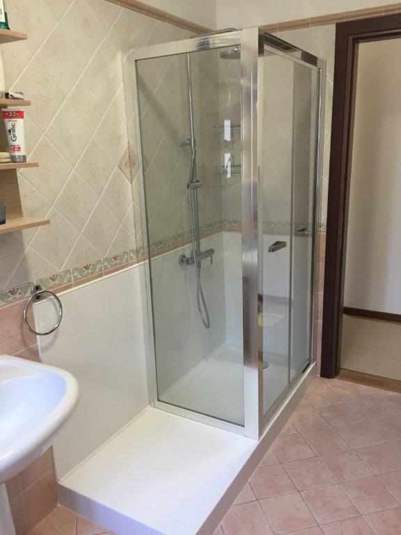 Sostituzione vasca da bagno in doccia fava impianti di - Sostituzione vasca da bagno ...