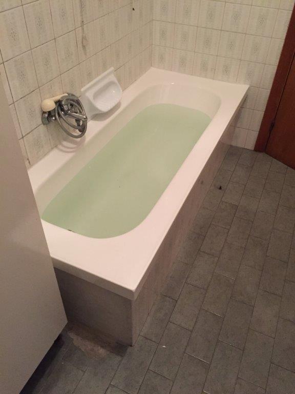 Sovrapposizione vecchia vasca da bagno fava impiantifava impianti trasformazione da vasca in - Sovrapposizione vasca da bagno ...